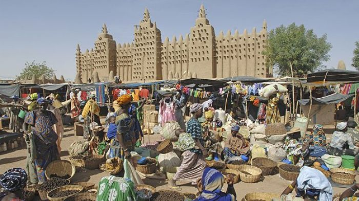 Nella foto la Great Mosque of Djenne, Mali, Africa
