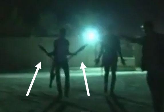 Nei frame del filmato si vedono chiaramente gli uomini armati di razzi RPG 7